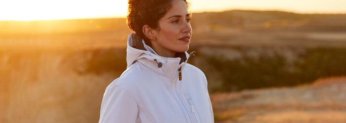 Waxed sailor, softshell & jackets Woman