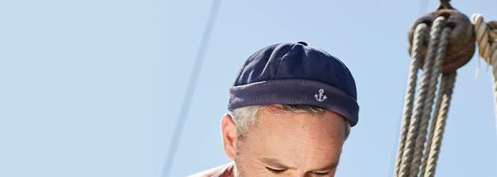 Accessoires marins brodés, bonnets marins personnalisés